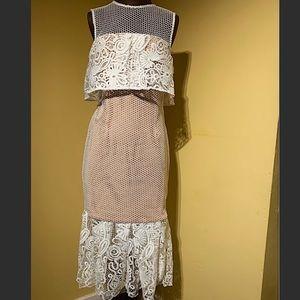 Elliatt- Serenity Cold Shoulder Dress